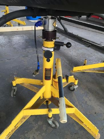 Meyers Jacks, helicopter jacks, helicopter jack, jacking a helicopter, bell helicopter jacks, bell helicopter jack, jacking a bell helicopter, weighing a bell helicopter, helicopter weighing, helicopter weighing machine, wireless helicopter weighing